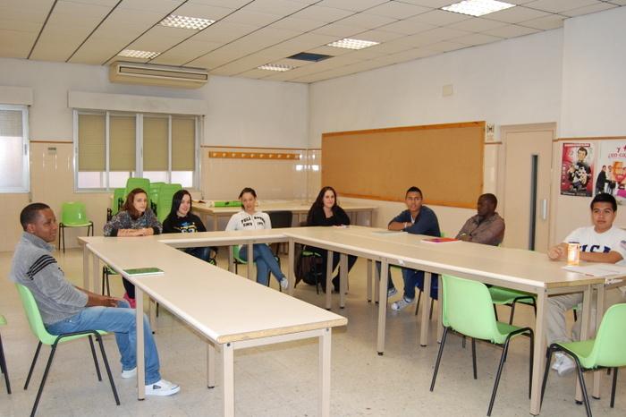 8 nuevos cocineros se preparan para encontrar un trabajo - Trabajo de ayudante de cocina en madrid ...